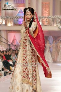 Celebrities-at-Telenor-Bridal-Couture-Week-2015-Day2-3-533x800-533x800