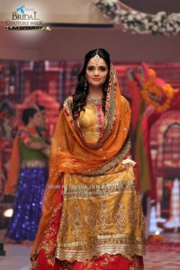 Celebrities-at-Telenor-Bridal-Couture-Week-2015-Day3-5-533x800